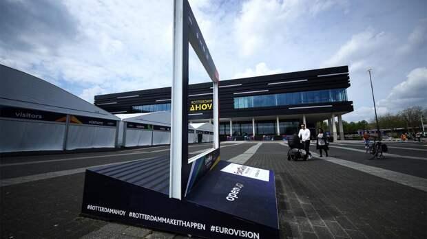 Коронованные особо: почему назрел скандал из-за допуска зрителей на «Евровидение»
