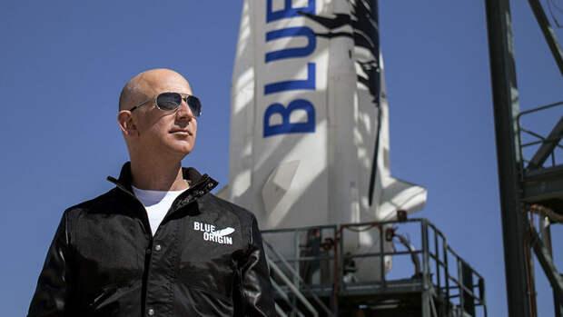 Место на полет в космос с Безосом продали за $28 миллионов