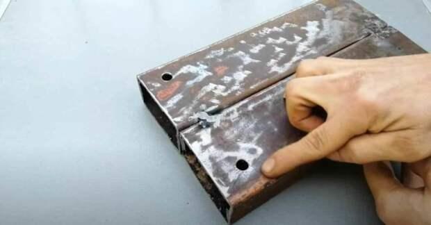 Самодельное приспособление для сгибания металлической полосы