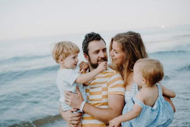 Всю жизнь повторяла сестре, что муж не вечен и нельзя просто сидеть у него на шее, но она только смеялась