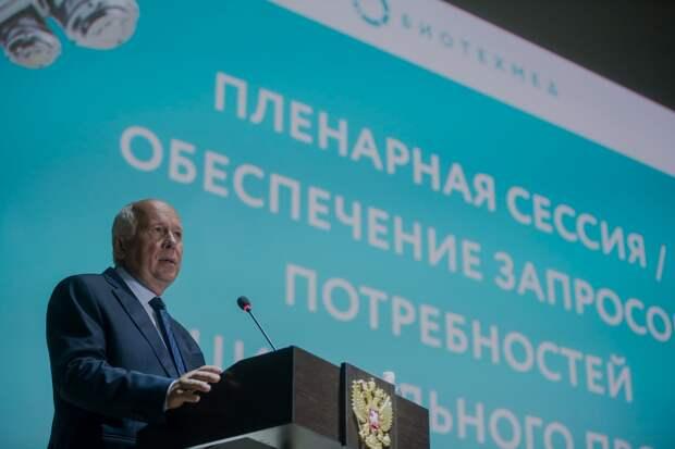 Мишустин поручил Чемезову строить в Севастополе больницу скорой помощи