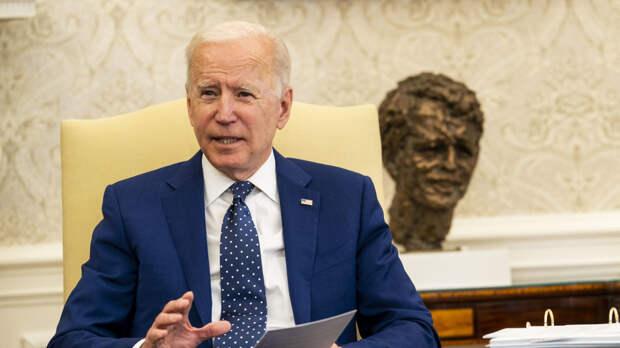 Американский эксперт Вайц объяснил разницу между Обамой и Байденом
