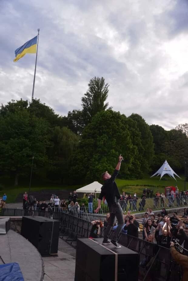 Нездоровый интерес украинских наци к детям Юго-Востока