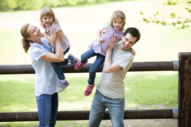 Воспитание близнецов: нужна ли какая-то особенная система