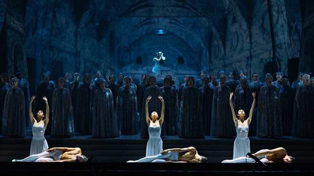 Фото - Татарский театр оперы и балета имени Мусы Джалиля