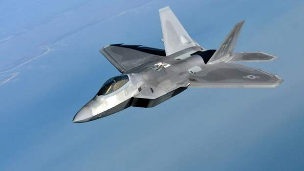 Генерал Попов: ВВС НАТО у границ России не опаснее укуса комара