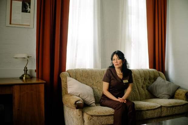 «Я ухаживаю за людьми перед смертью» — 6 цитат медсестры, которая работает в хосписе