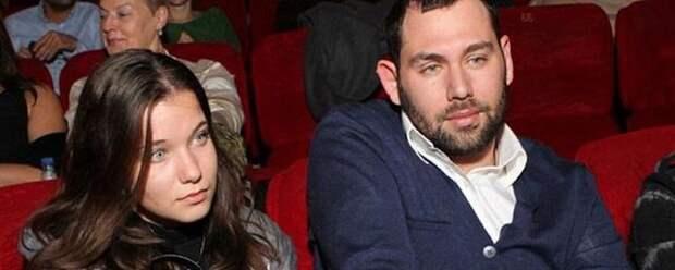 Стало известно, почему Семен Слепаков развелся с женой