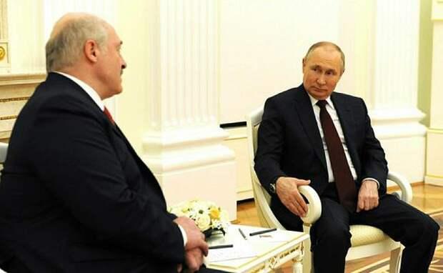 Президент РФ Владимир Путин назвал события вокруг Белоруссии «всплеском эмоций»