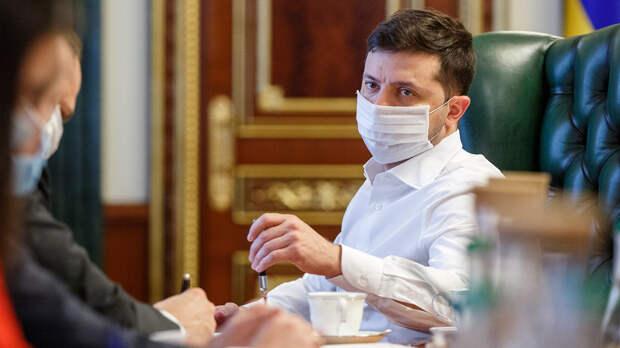 Рекордная заболеваемость коронавирусом на Украине: эксперты и политики об угрозах пандемии