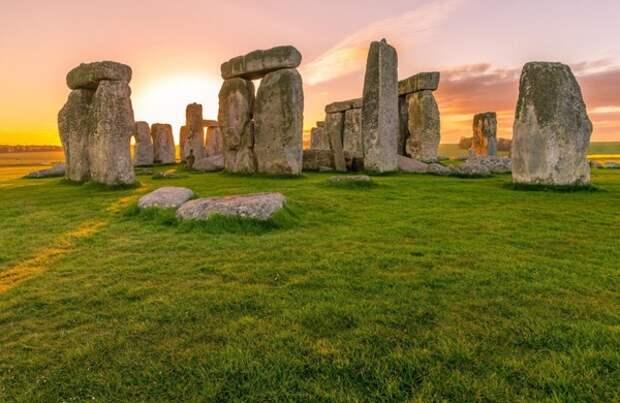 Ученые разгадали тайну происхождения одного из самых экзотических камней Стоунхенджа