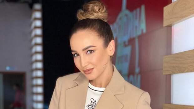Ольга Бузова станцевала на концерте в Екатеринбурге после операции