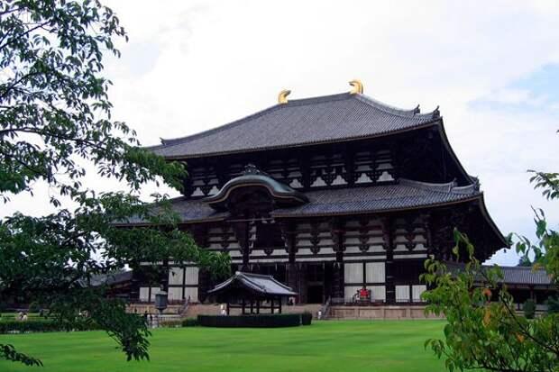 Буддийский храм Тодай-дзи в Японии