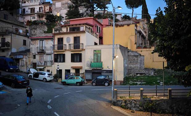 Итальянец 15 лет не ходил на работу. Все это время ему продолжали платить зарплату и никто не замечал
