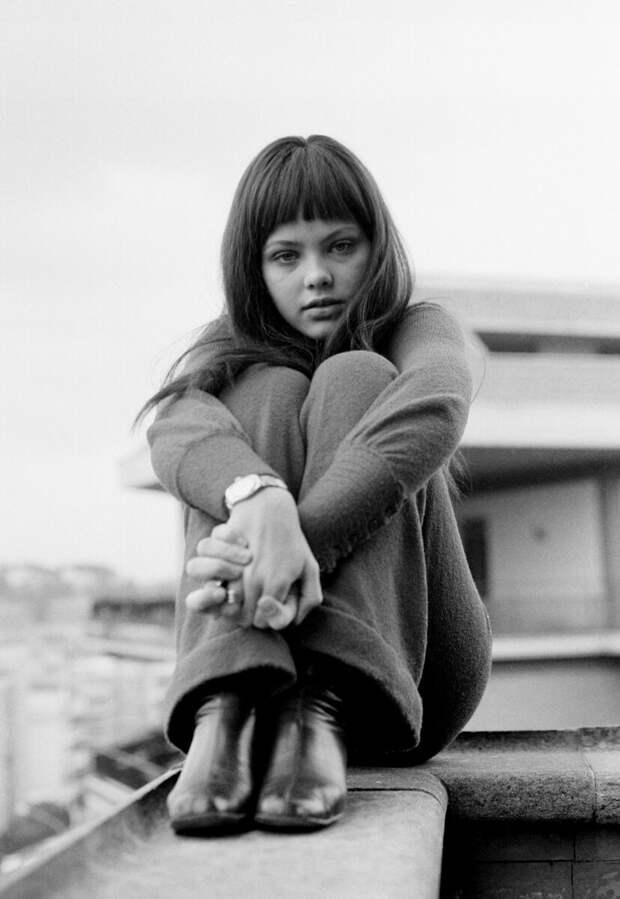 Как выглядела в юности «Укротительница строптивого» Орнелла Мути, и как преображалась с годами ее красота