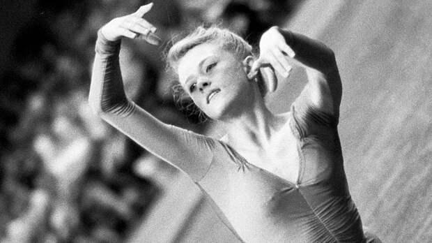 Русская гимнастка Костина непоехала наОлимпиаду из-за политики. Через полгода она погибла вавтокатастрофе