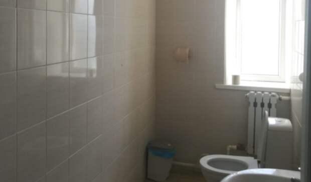 Туалет школы в Ростовской области могут признать худшим  в России