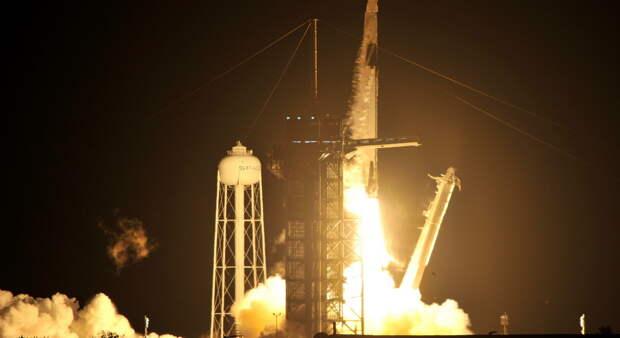 США выбрали Илона Маска для возвращения человека на Луну