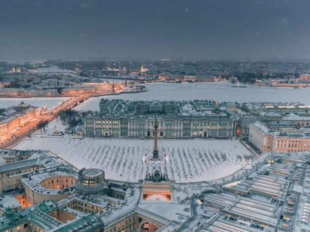 В Эстонии предложили готовиться бомбить Санкт-Петербург