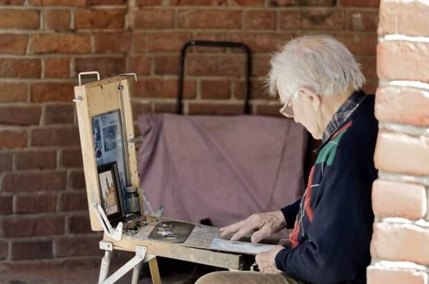 Пенсионеры из Бегового наконец-то научатся китайской живописи