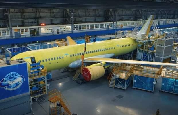Будущее российского самолета МС-21: технологии прорывные, но время «нелётное»