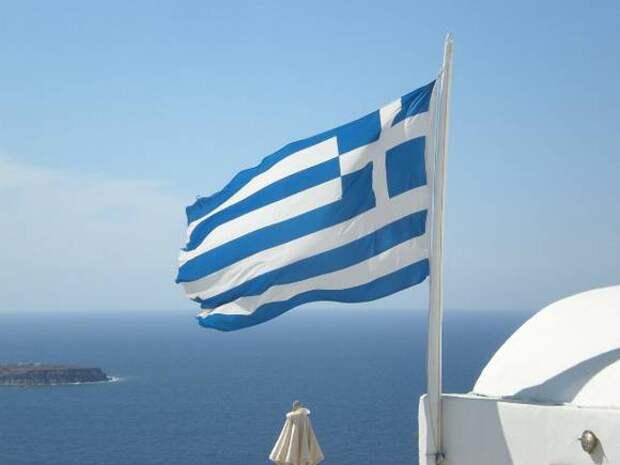 Греция хоть завтра готова принять привившихся россиян, а Испания— через неделю