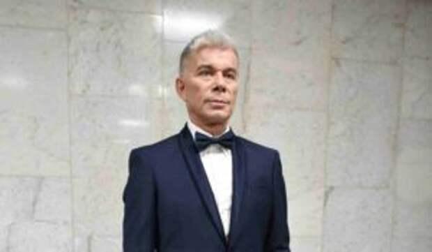 Олег Газманов обнародовал редкие кадры с сыном