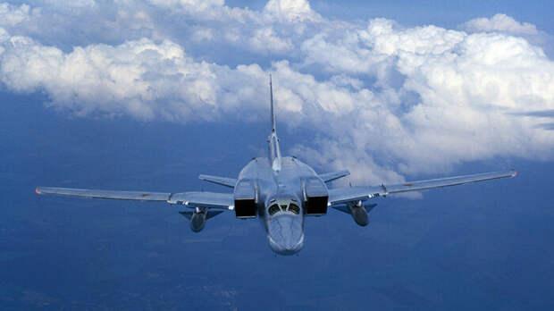 Российский бомбардировщик отработал удар по кораблям НАТО ракетой Х-22