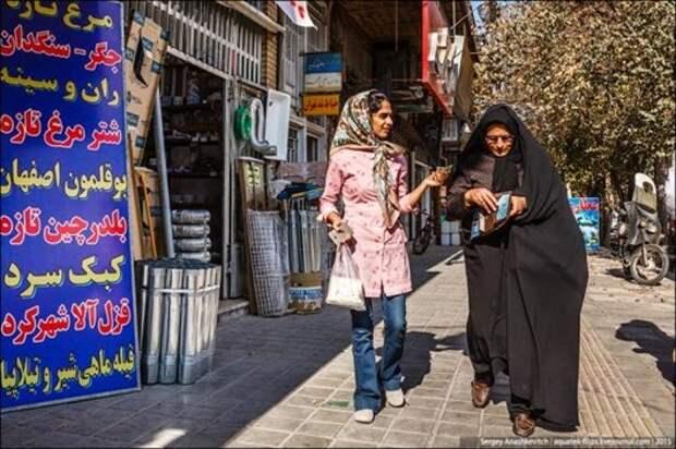 О жизни женщины в строгих мусульманских странах