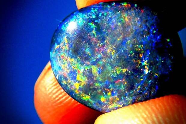 14 самых редких драгоценных камней в мире