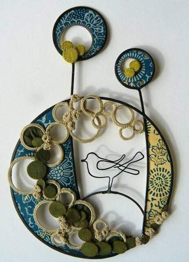 Удивительные копозиции от Лиз Manczesteru, сделанные из обычной проволоки и декорированные текстилем и нитями.