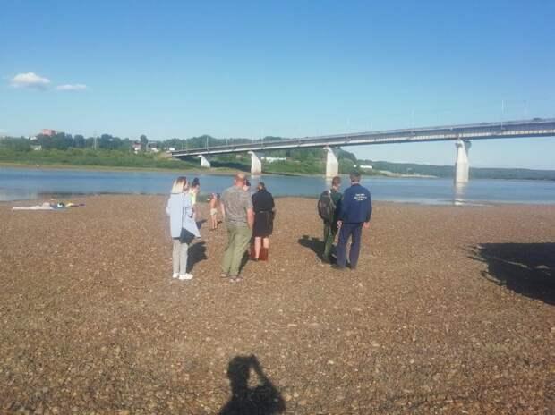 Томских чиновников накажут за утонувшего под Коммунальным мостом подростка