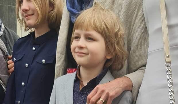 """Маленький Моцарт"": как живет мальчик-вундеркинд Елисей Мысин"