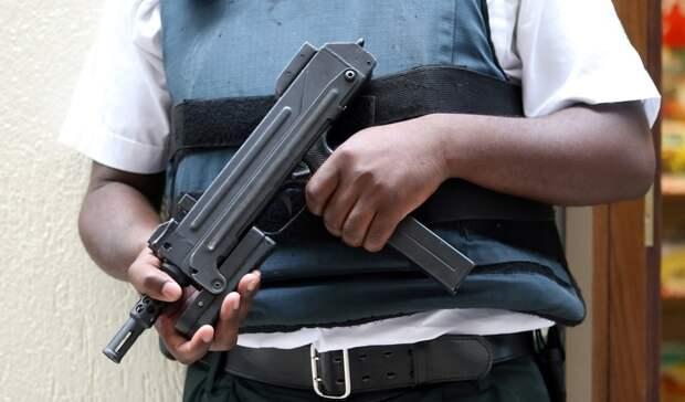 Задержанный вАксае зашпионаж впользу Украины офицер напал насотрудника СИЗО
