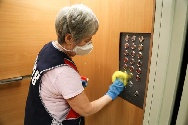 Управляющим компаниям Ижевска порекомендовали тщательно убраться в жилых домах