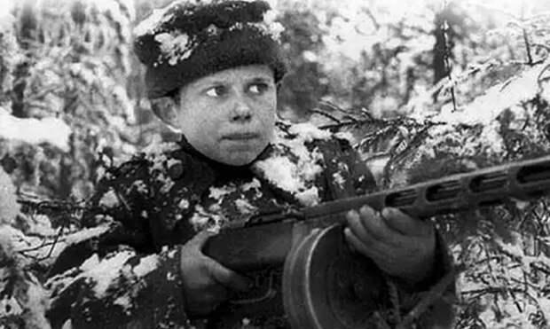 Тихон Баран: что сделал мальчик, оставшийся в живых после расстрела немцами целой деревни