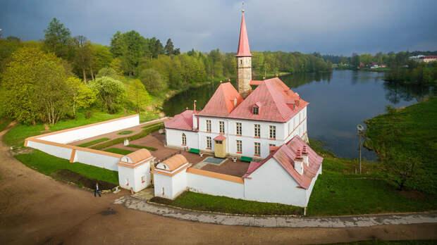 Единственный дворец мальтийских рыцарей в России снова ожил (ФОТО)