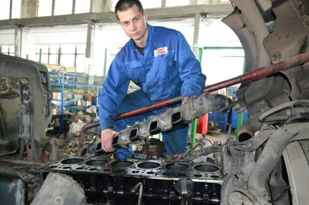 Любые стуки в моторе – это признак серьезных неприятностей. | Фото: uavto.dn.ua.