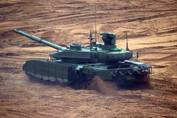 """""""Танк-зверь"""": NI назвал преимущества Т-90"""