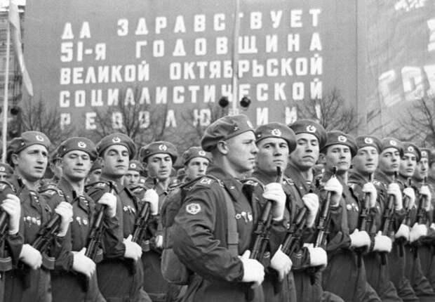 Какие береты носили советские десантники до голубых