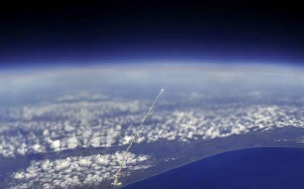 Вид космического челнока «Атлантис» с Международной космической станции интераесное, факты, фото