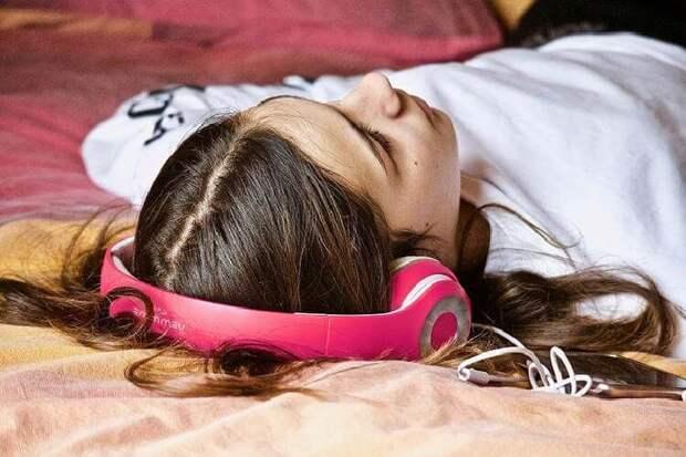 Как заказать решение проблемы во сне: метод от Ирины Хакамады