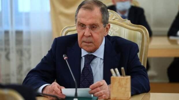 """""""Что кушать будем?"""": Экономист вздумал одёрнуть Лаврова, но народ пошёл в атаку"""