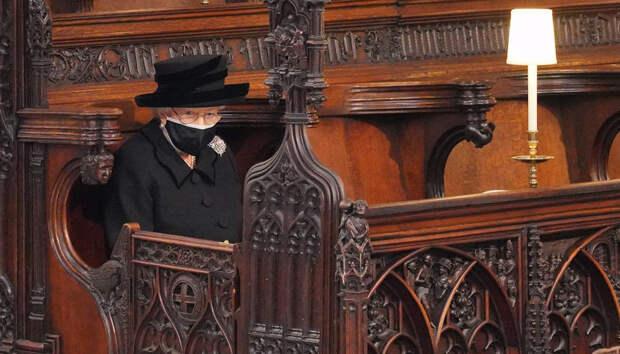 Трансляцию похорон принца Филиппа посмотрели больше зрителей, чем интервью Меган Маркл и принца Гарри