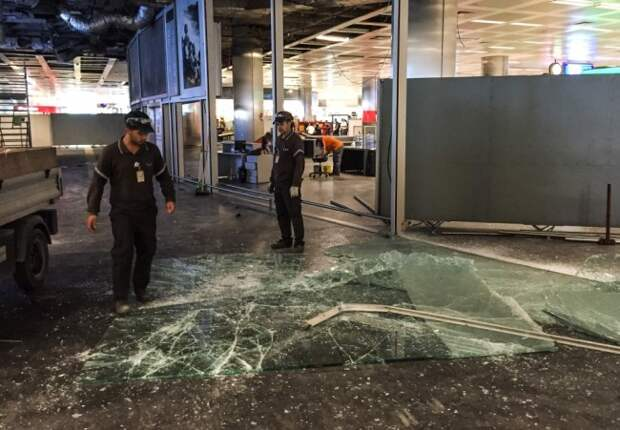 СМИ: Одним из террористов в аэропорту Стамбула был чеченец