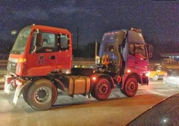 """Грузовик """"туда-сюда"""" грузовик, грузовики, камаз, прикол, тягач, юмор"""