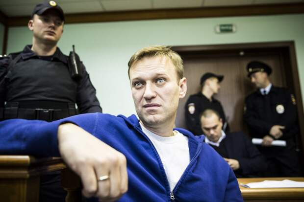 Прибалтийские страны вступились за Навального