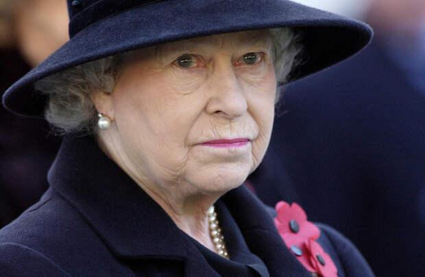 Как справляется с утратой королева Елизавета II