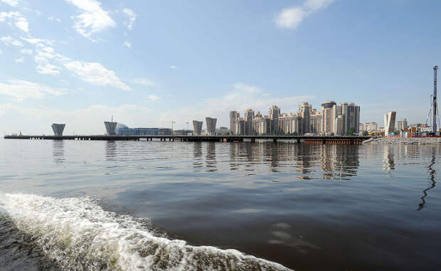 DSC 51731 Нефасадный Петербург: вид с воды