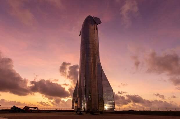 Starship Mk1. Финальная версия носителя будет весить пять тысяч тонн при высоте 118 метров. Это сделает его крупнейшим в истории человечества  / ©flickr.com/Official SpaceX Photos